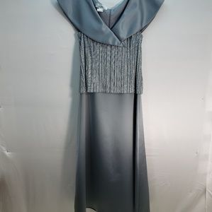 PATRA STERLING SLEEVELESS EVENING GOWN SIZE 12